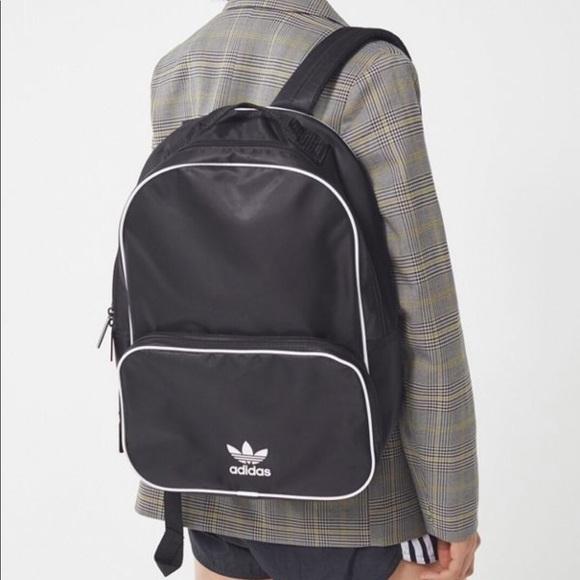 43d98b7bcb1c NWT Adidas Original Classic Backpack Black White
